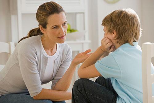 Как правильно говорить с ребенком о наркотиках?